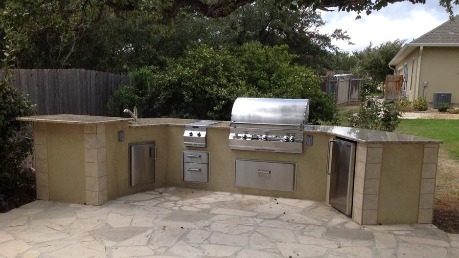 Hill country general contractor cmw general contractors for Country outdoor kitchen